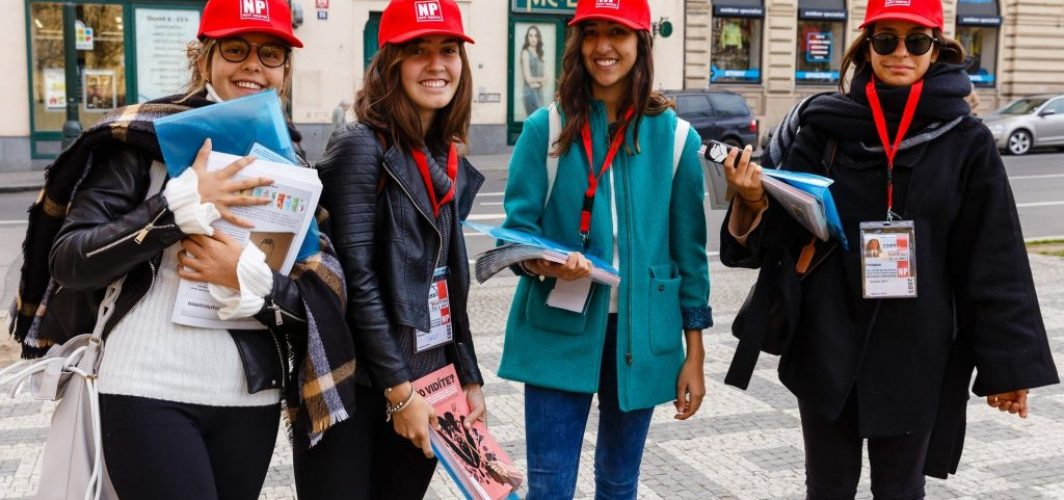 How Are Norwegian Students Fundraising Money For Field Trips?